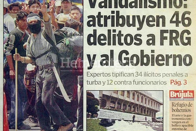"""Portada del 26/7/2003, con secuelas del """"Jueves Negro"""". (Foto: Hemeroteca PL)"""