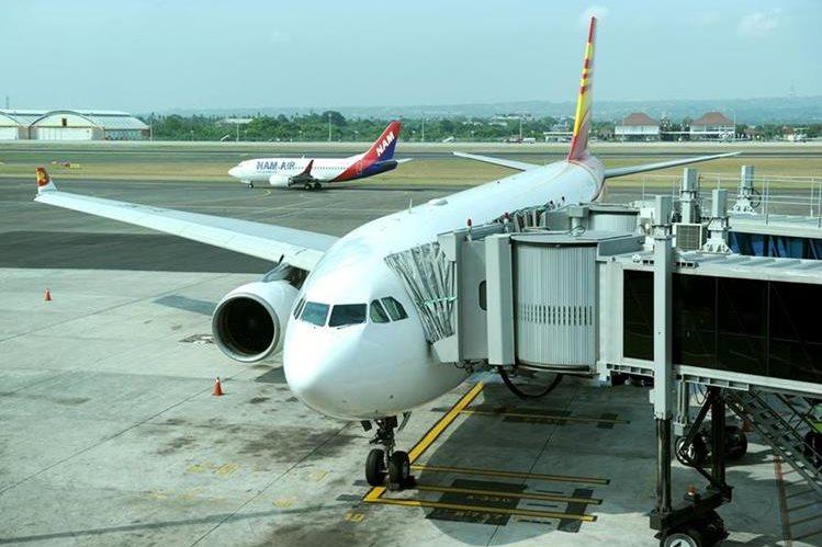 Foto de referencia. El avión debio regrear al aeropuerto de Filadelfia debido a la confusión generada por la pasajera. (Foto Prensa Libre: AFP).
