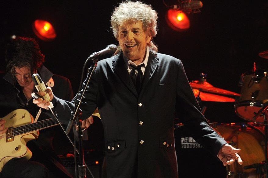 El Premio Nobel para el cantante Bob Dylan causa polémica. (Foto Prensa Libre: AP)