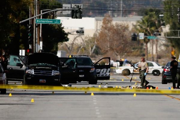 La Policía trabaja en la escena del crimen.