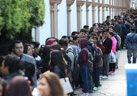 El Festival del Empleo de AmCham ofreció el viernes pasado dos mil plazas de trabajo. (Foto Prensa Libre: Paulo Raquec)