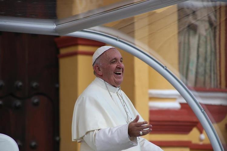 Papa Francisco se encuentra de visita en México. (Foto Prensa Libre: EFE)