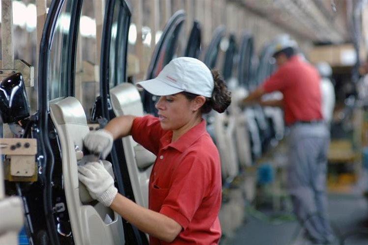 El sector con la mayor flujo de capital recibido fue el de manufacturas.