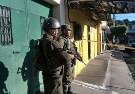 Un policía herido y un presunto pandillero muerto resultado de un operativo de las fuerzas de seguridad en la zona 18. (Foto Prensa Libre. E. Paredes)