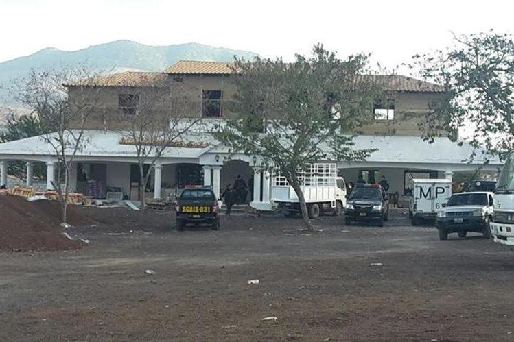 Vivienda de José Alberto Pérez Manzo, en Ipala, Chiquimula, donde la PNC localizó armas. (Foto Prensa Libre)