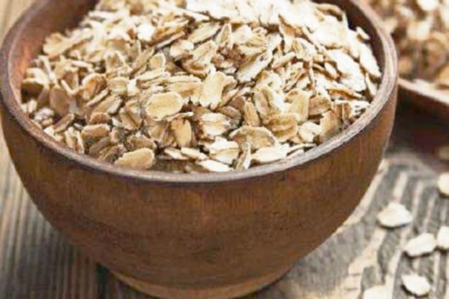 La avena es  un cereal se puede consumir crudo,en hojuelas,o cocido.(Foto Prensa Libre: Hemeroteca PL).