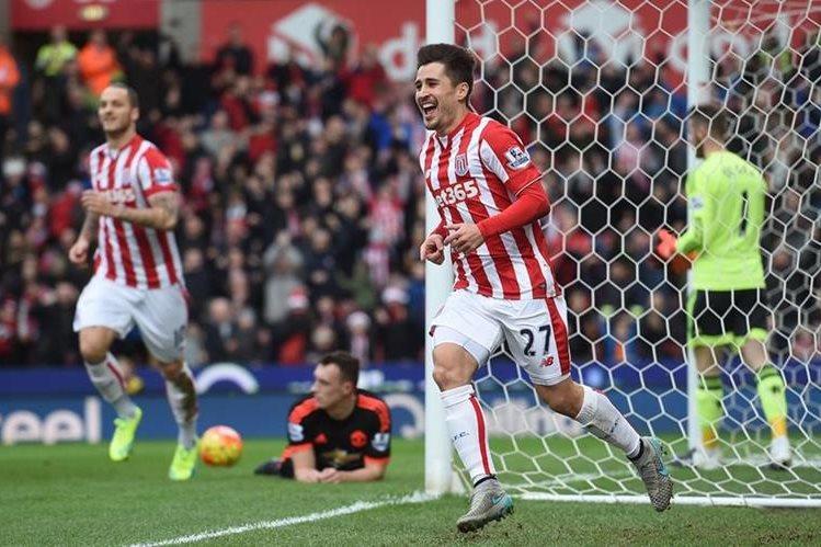 Stoke City derrotó 2-0 al Manchester United, en el tradicional Boxing Day. (Foto Prensa Libre: AFP).