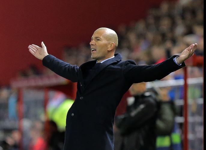 Zidane vive un momento complicado en la Liga Española con el Real Madrid