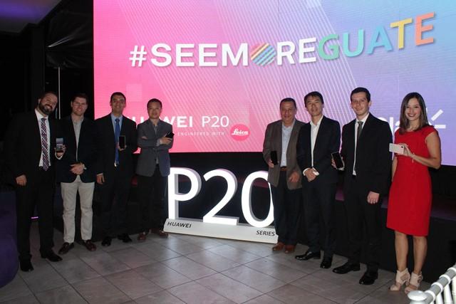 Presenta Huawei un P20 lite