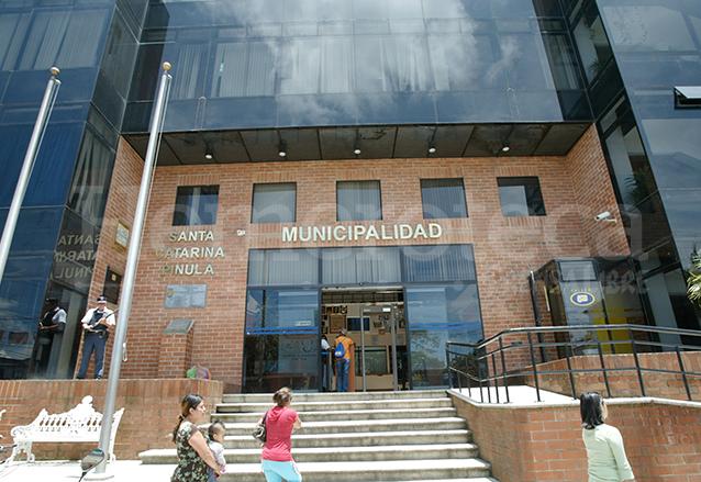 Moderno edificio de la Municipalidad de Santa Catarina Pinula. (Foto: Hemeroteca PL)