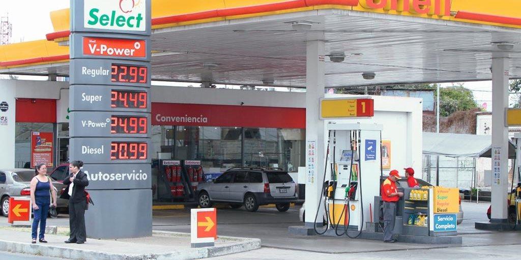 Ha inundado la gasolina de mala calidad el coche no aparece