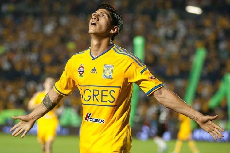 El futbolista mexicano Alan Pulido fue secuestrado, según funcionarios. (Foto Prensa Libre: AFP)