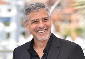 Un estudio reciente colocó a George Clooney como el hombre más guapo.