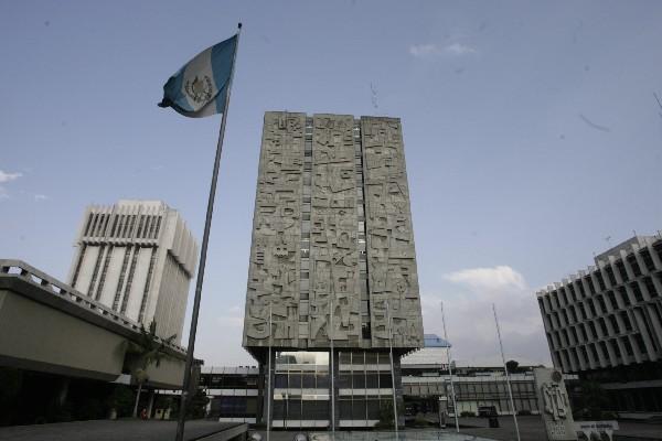 El Banguat intervino el mercado de divisas para evitar movimientos bruscos del tipo de cambio. (Foto Prensa Libre: Hemeroteca PL)