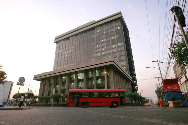 Sede del ministerio de Finanzas ubicado en el Centro Cívico. (Hemeroteca PL)