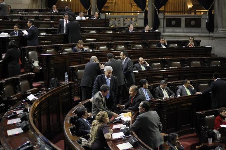 Diputados aprobaron reformas a la Ley de Contrataciones del Estado, con las que se busca transaparentar las adquisiciones. (Foto Prensa Libre: Hemeroteca PL)