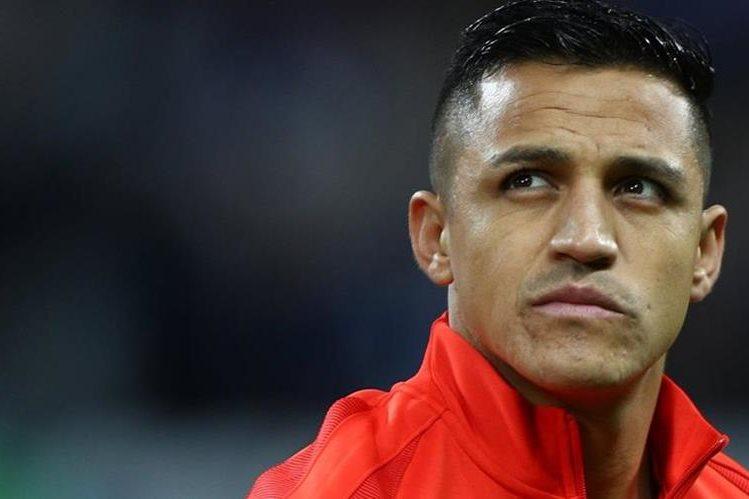 El delantero chileno Alexis Sánchez afirmó que ya ha tomado una decisión sobre su futuro. No aclaró si seguirá en las filas del Arsenal inglés (Foto Prensa Libre: Hemeroteca PL)