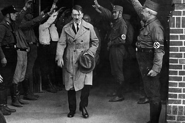 <p>Adolfo Hitler, líder de los nacional-socialistas (Foto Prensa Libre: AP).</p>