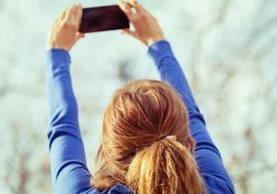 Vas a sacar una foto y....no te queda memoria en el teléfono. (THINKSTOCK)