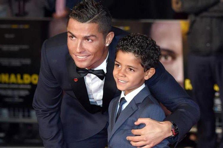 Cristiano Jr. ahora tendrá la compañía de dos hermanitos. (Foto Prensa Libre: Hemeroteca)