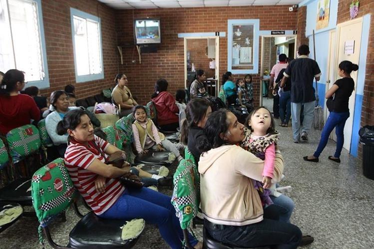 Los niños fueron infectados con la bacteria Serratia marcescens. (Foto Prensa Libre: Alvaro Interiano)