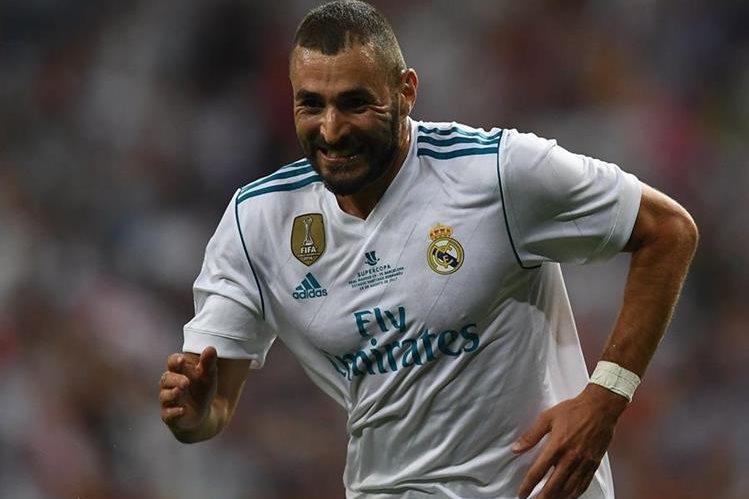 Los aficionados del Real Madrid ha cuestionado el desempeño de Karim Benzema. (Foto Prensa Libre: AFP)