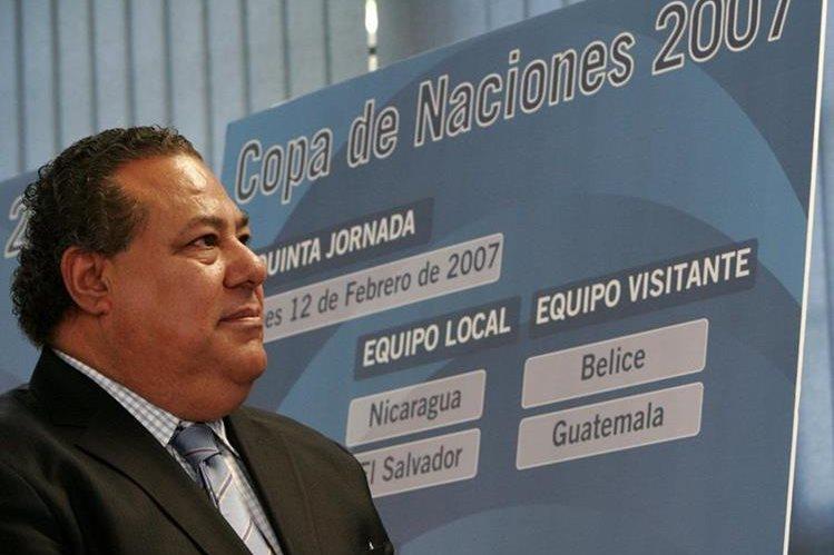 Julio Rocha también fue presidente de la Uncaf. (Foto Prensa Libre: Hemeroteca PL)