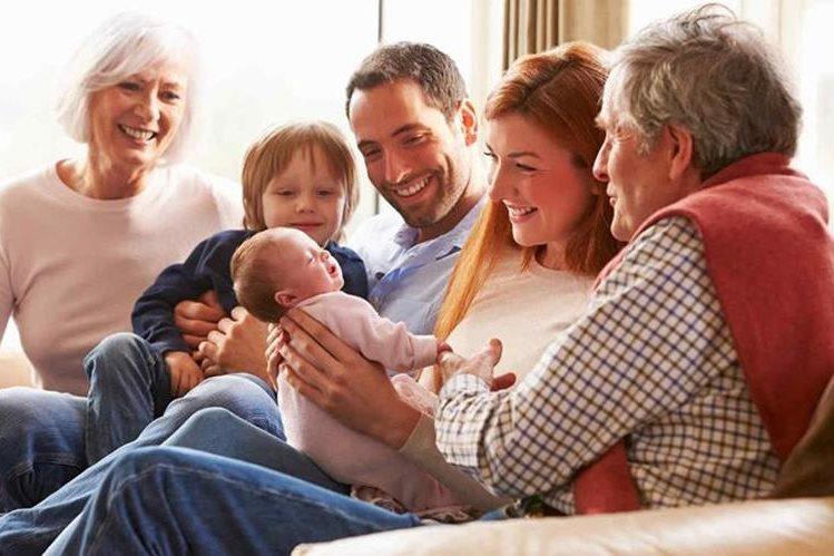 Abuelos podrán disfrutar de la maternidad de sus hijos(Foto Prensa Libre:Telemundo.com)