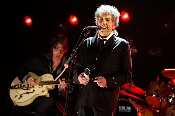 <p>El estadounidense de 72 años ha tenido una larga carrera que incluye 11 premios Grammy. (Foto Prensa Libre: AFP)<br></p>
