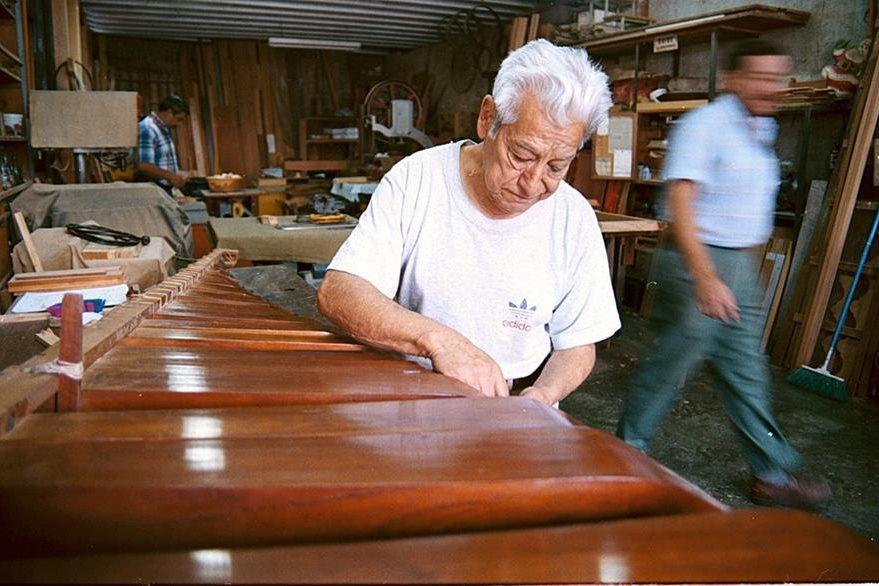 Taller Internacional de Marimbas Barrios, imagen del año 2001. (Foto: Hemeroteca PL)