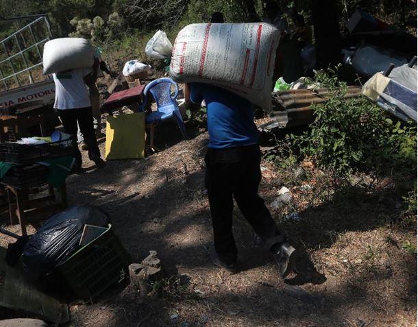 Las amenazas de pandillas han obligado a familias pobres de El Salvador a abandonar sus hogares. (Foto: LPG).