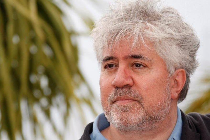 El director de cine español Pedro Almodóvar competirá por la Palma de Oro con el filme Julieta. (Foto Prensa Libre: EFE)