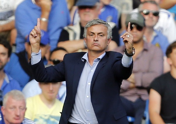 José Mourinho, técnico del Chelsea. (Foto Prensa Libre: AP)