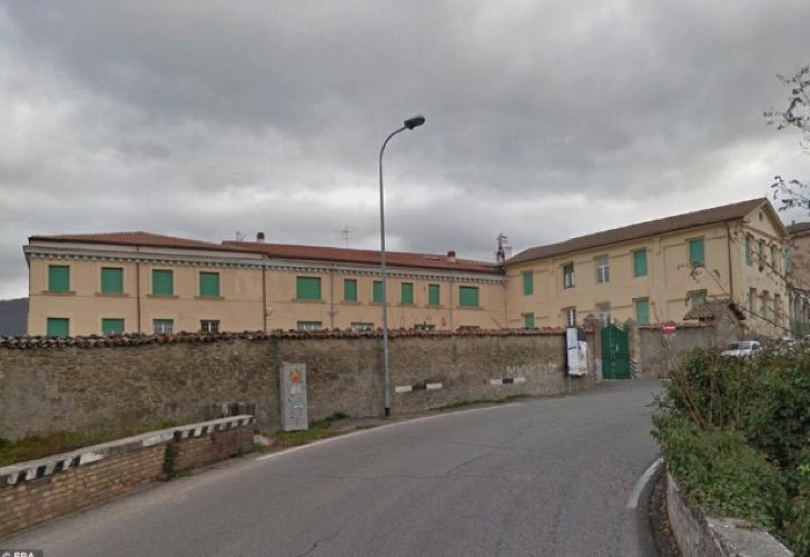 Lo que antes fue atractivo turístico en Amatrice, ahora está convertido en ruinas. (Foto tomada del sitio: supernoticiasd.com).