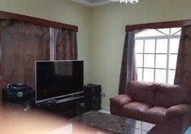 Este es un dormitorio de los inmuebles que fueron incautados propiedad de los pandilleros. (Foto: Internet).