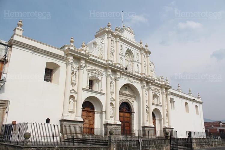 Fachada de la Catedral de San José. (Foto: Hugo Cuyán Vásquez)