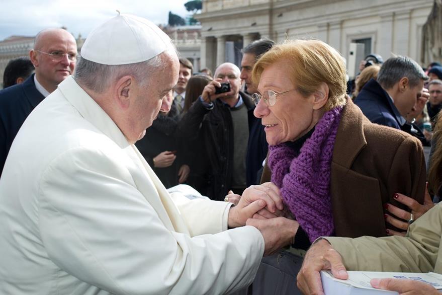 En febrero del 2014 Guerrero habló con el papa Francisco en el Vaticano. (Foto Prensa Libre: AP).