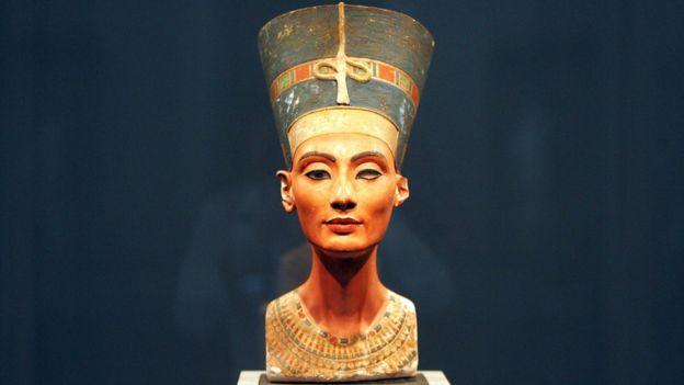 El busto de Nefertiti fue hallado en 1912, pero se exhibió por primera vez en 1924. GETTY IMAGES