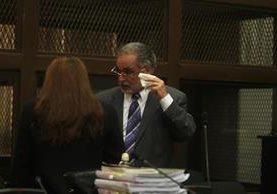 Eduardo Kestler en el Juzgado de Mayor Riesgo B, donde se entregó voluntariamente este miércoles. (Foto Prensa Libre: Paulo Raquec)
