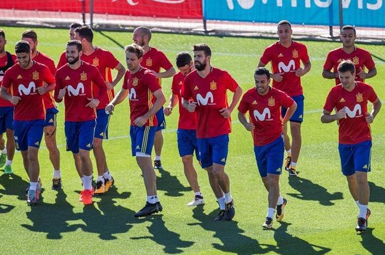 La selección de España se alista a jugar frente a Albania. (Foto Prensa Libre: EFE)