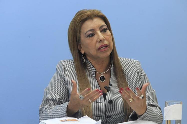 Anabella de León, candidata a la alcaldía metropolitana, ofrece recompensa para quien haya encontrado su Ipad. (Foto Prensa Libre: Hemeroteca PL)