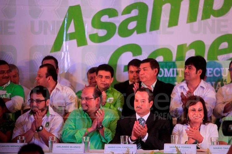 El partido UNE disputó las elecciones en las dos vueltas, pero ahora debe aclarar su financiamiento. (Foto Prensa Libre: Hemeroteca PL)
