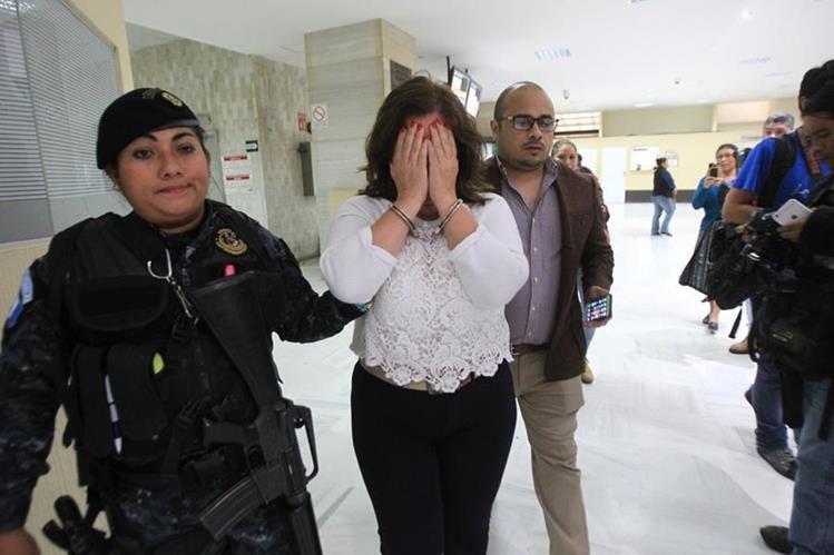 Luisa María Salas Bedoya, síndico primero de la comuna capitalina, es señalada en el caso Caja de Pandora. (Foto Prensa Libre: Esbin García)