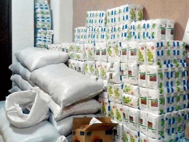 Bolsas de alimentos que no fueron entregadas en el 2016, en  Huehuetenango. (Foto Prensa Libre: Mike Castillo).