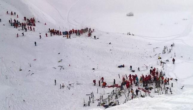 Imagen del lugar de la avalancha en los Alpes franceses.