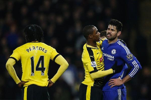 Diego Costa (Chelsea) no pudo ayudar a su equipo a quedarse con la victoria. (Foto Prensa Libre: AFP)