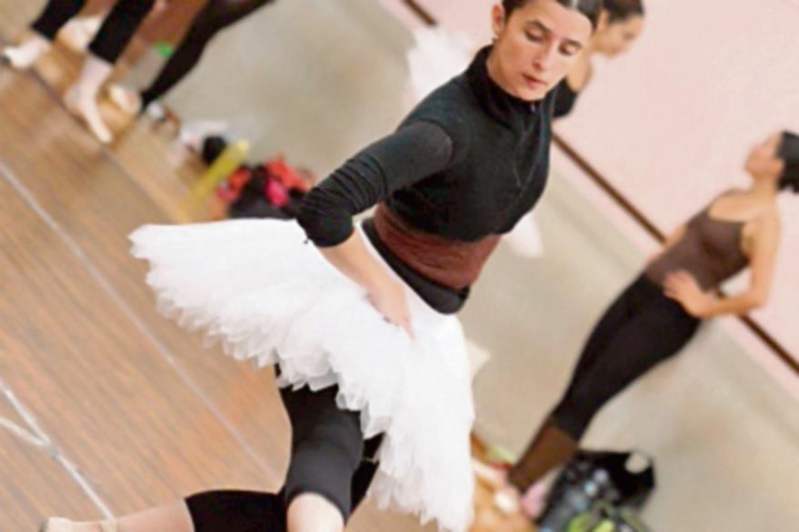 Los bailarines  se preparan profesionalmente.