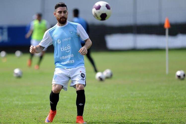 Jean Márquez, realiza uno de los últimos entrenamientos en el Proyecto Goal, previo al juego de este miércoles contra El Salvador. (Foto Prensa Libre: Francisco Sánchez).