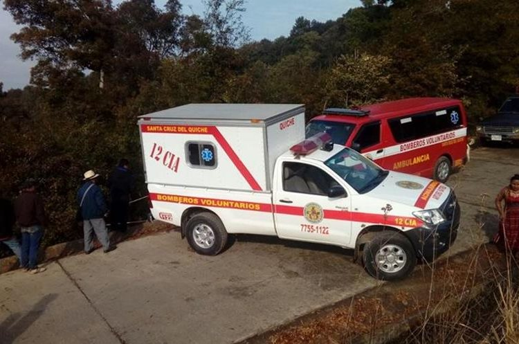 Carreteras sin mantenimiento, vehículos en mal estado e imprudencia de pilotos ocasionan accidentes. (Foto Prensa Libre: Héctor Cordero)