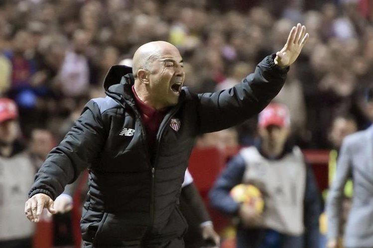 Jorge Sampaoli técnico del Sevilla, lamentó que las fechas Fifa le restan tiempo para trabajar. (Foto Prensa Libre: Hemeroteca)